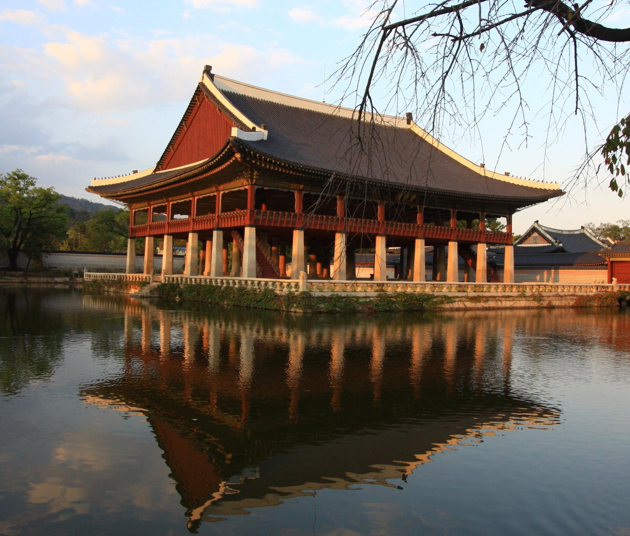 Good Places To Travel November: Places To Visit In Seoul