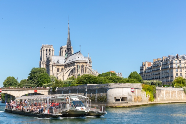 River-cruise-on-the-seine-paris.jpg